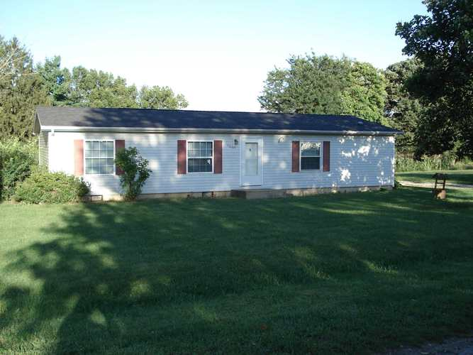 17005  Tomahawk Trail Plymouth, IN 46563 | MLS 201937612