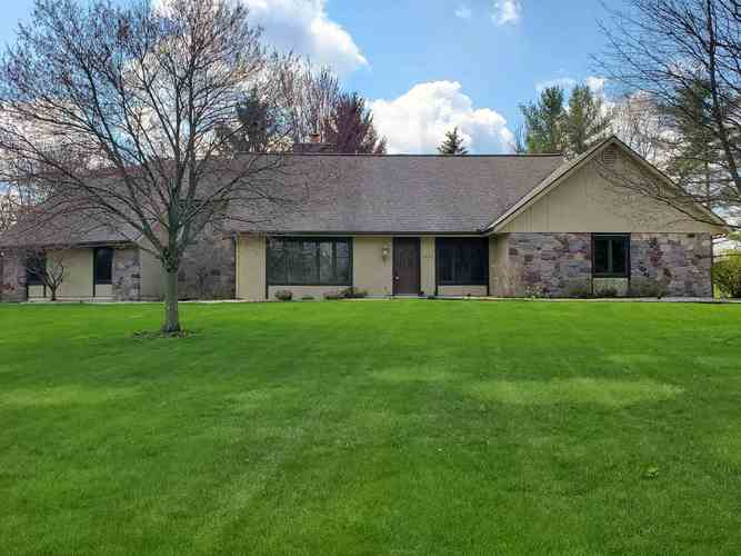 1631 N PARKVIEW Drive Marion IN 46952   MLS 201937809   photo 1