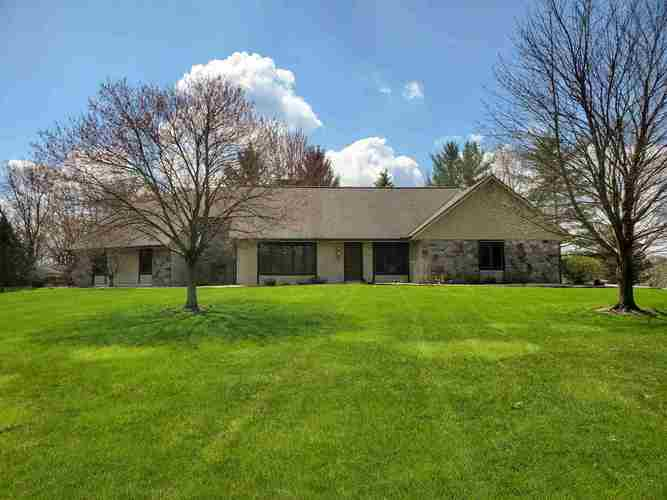 1631 N PARKVIEW Drive Marion IN 46952   MLS 201937809   photo 2