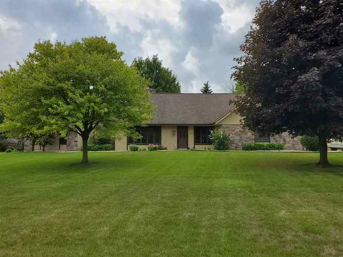 1631 N PARKVIEW Drive Marion IN 46952   MLS 201937809   photo 5