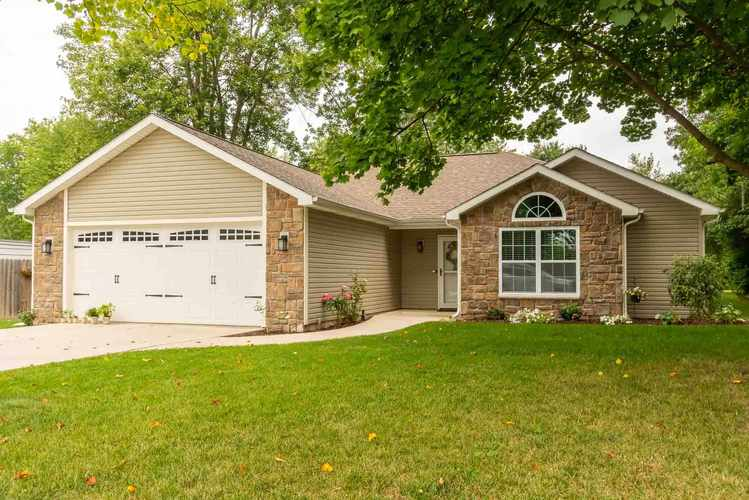 4646  Reed Road Fort Wayne, IN 46835 | MLS 201937895