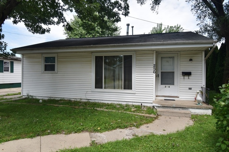 256 W Avery Street Frankfort, IN 46041-1109 | MLS 201937969