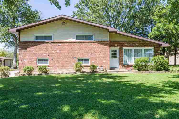 13730  Petersburg Road Evansville, IN 47725 | MLS 201938288