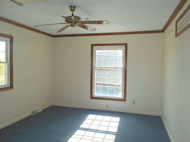 1201 N Main St Monticello IN 47960 | MLS 201938336 | photo 13