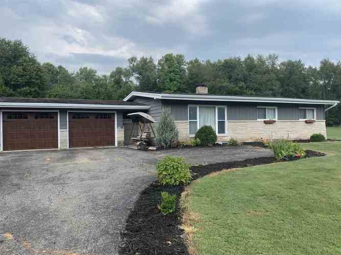 3200 Perrysburg Road Logansport, IN 46947 | MLS 201938668 | photo 1