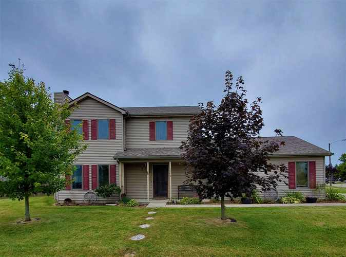 1502  Knoll Crest Drive Kendallville, IN 46755 | MLS 201939367