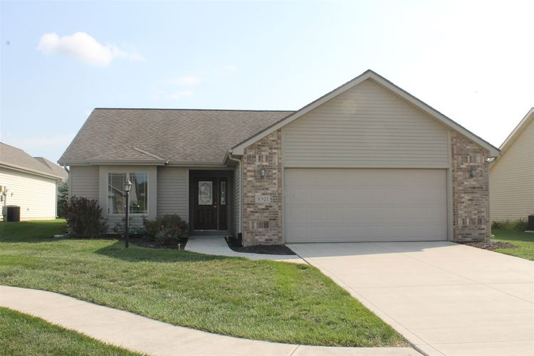 8921 KASSELTON Court Fort Wayne, IN 46818 | MLS 201939792 | photo 1