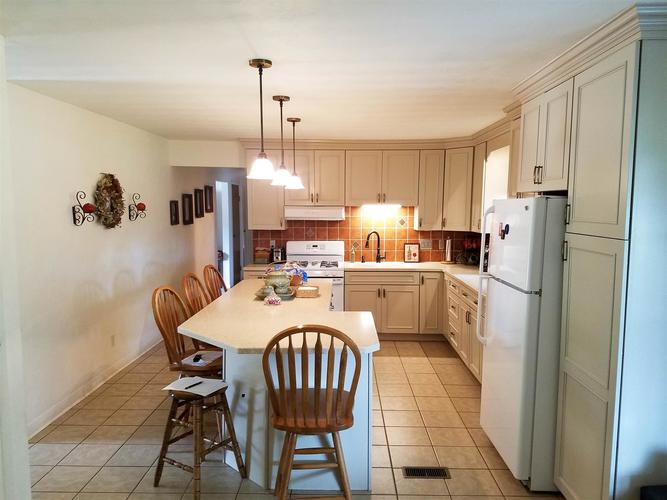 803 Wedgewood Drive Winchester, IN 47394   MLS 201939838   photo 6