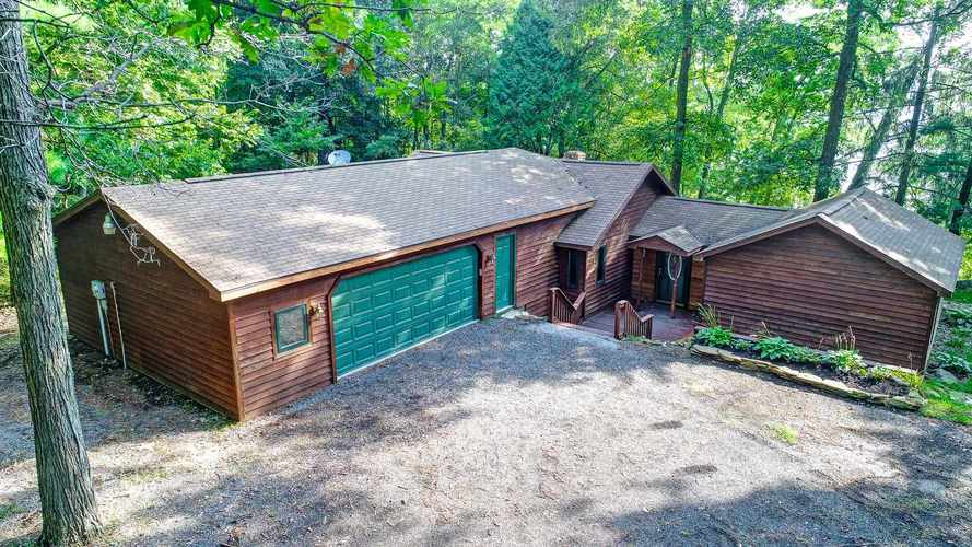 240 S STATE ROAD 327  Angola, IN 46703 | MLS 201939841