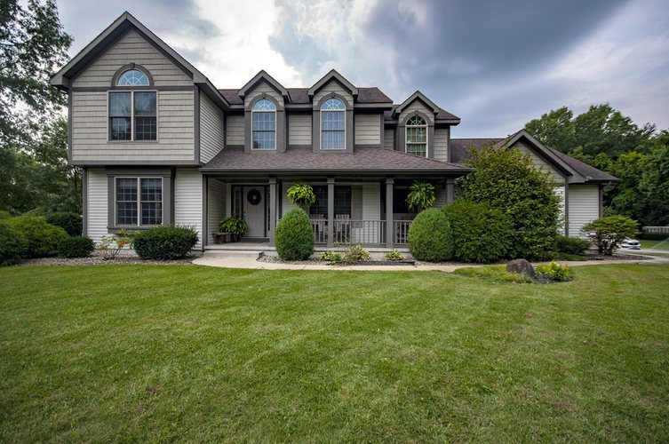 55894  Crestone Circle Middlebury, IN 46540 | MLS 201939901