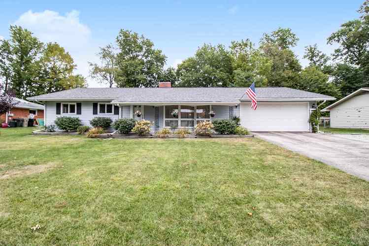 4616 FELLOWS Street South Bend, IN 46614 | MLS 201939917 | photo 1
