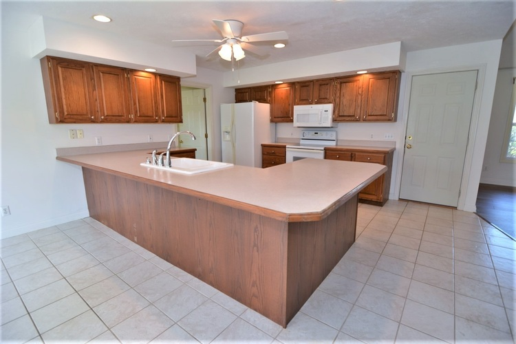 3701 Grinell Drive Evansville, IN 47725 | MLS 201939940 | photo 12