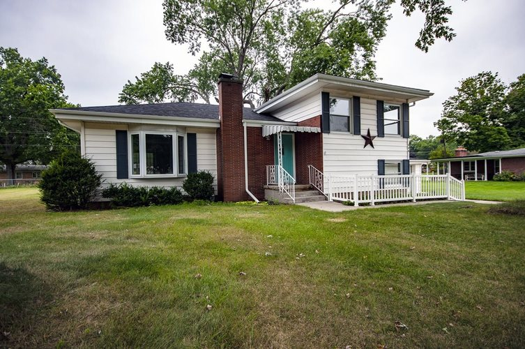 229 Marshall Boulevard Elkhart, IN 46516-5017 | MLS 201940074 | photo 1