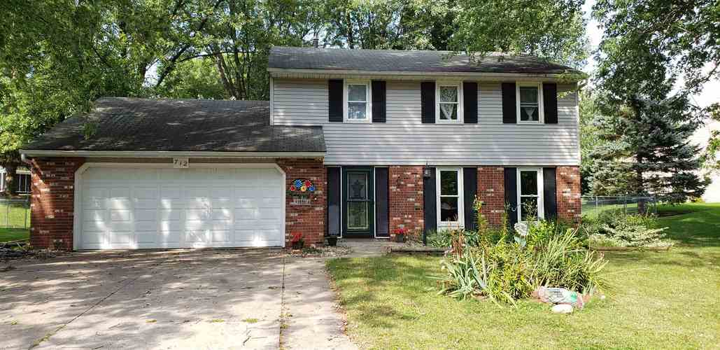 712 E Boydston Mills Drive North Webster IN 46555 | MLS 201940224 | photo 1
