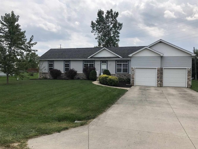 2226 Southway Drive Fort Wayne, IN 46845 | MLS 201940268 | photo 1