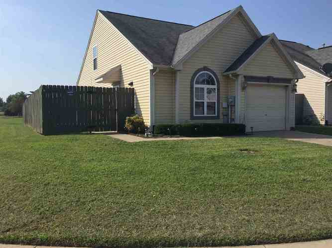 9883  Cove Point Court Newburgh, IN 47630-9059 | MLS 201940358
