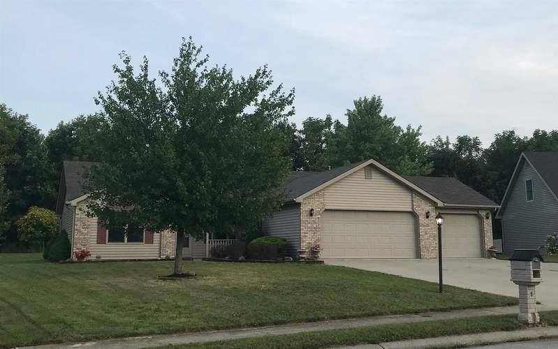 140 W Chapel Chase Drive Decatur, IN 46733 | MLS 201940369