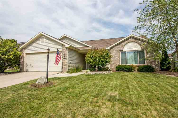 2220 Broken Oak Road Fort Wayne, IN 46818-8832 | MLS 201940399 | photo 1