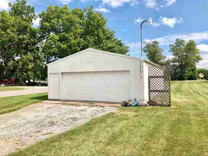 300 S EAST Street S Monticello, IN 47960 | MLS 201940427 | photo 10