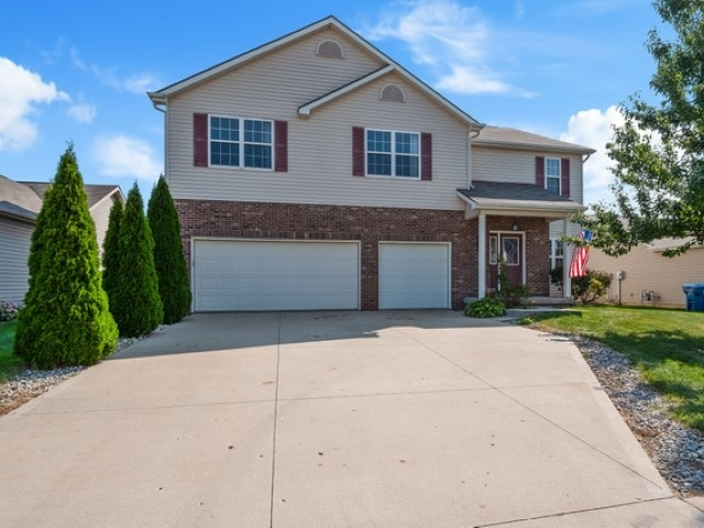 12014 Shearwater Run Fort Wayne, IN 46845-8719 | MLS 201940629 | photo 2
