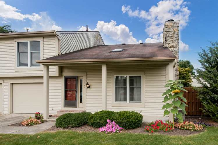 5947 Sawmill Woods Court Fort Wayne, IN 46835 | MLS 201940822 | photo 1