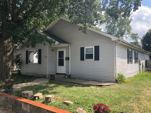1225 W TAYLOR Street W Kokomo, IN 46901 | MLS 201941146 | photo 1