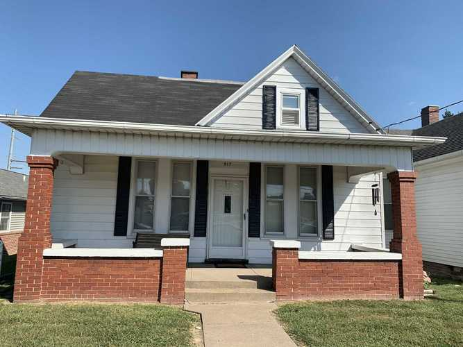517 N Jackson St.  Huntingburg, IN 47542 | MLS 201941166