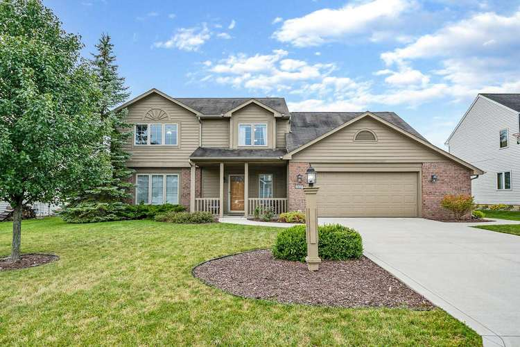 2925  Mariposa Place Fort Wayne, IN 46818 | MLS 201941255