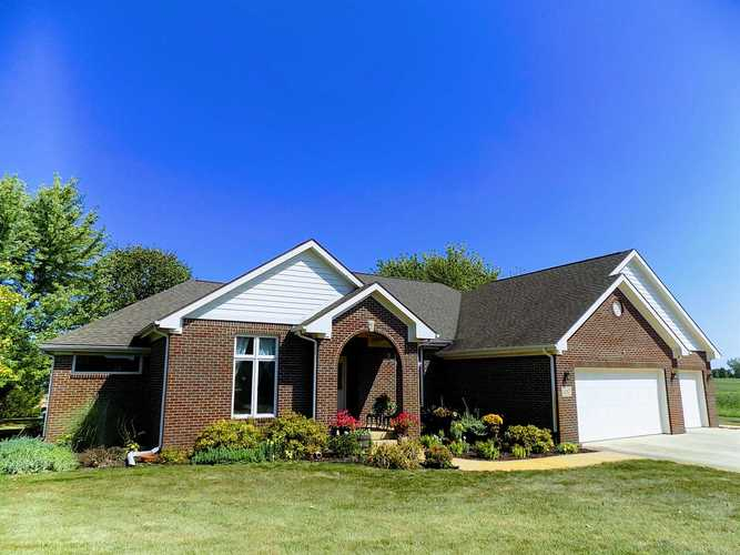 1012 WINDY HILL Road Russiaville, IN 46979 | MLS 201941397 | photo 2