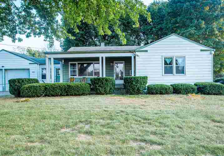 909 W St. Rd. 32 W Winchester, IN 47394 | MLS 201941503 | photo 2