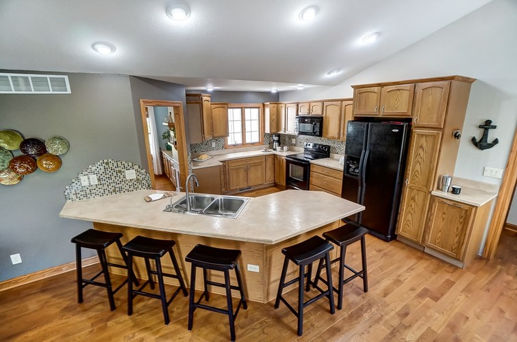 830 State Road 1 Butler, IN 46721 | MLS 201941508 | photo 10