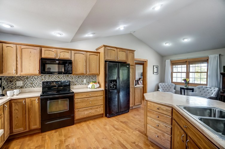830 State Road 1 Butler, IN 46721 | MLS 201941508 | photo 12