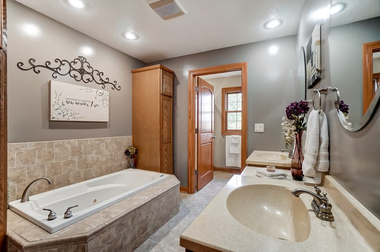 830 State Road 1 Butler, IN 46721 | MLS 201941508 | photo 15