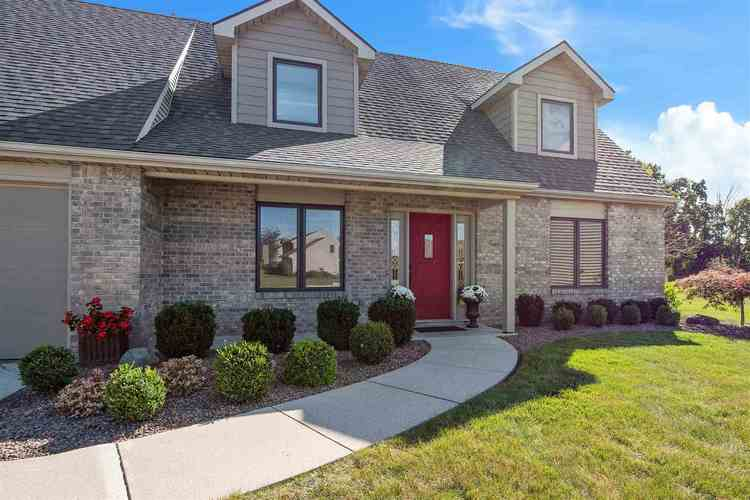 8103 Victoria Woods Place Place Fort Wayne, IN 46825   MLS 201941552   photo 2