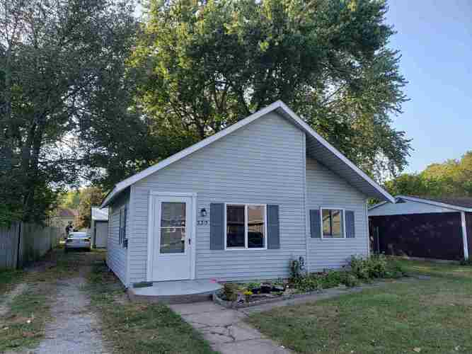 2315 Mather Avenue Elkhart IN 46517-2446 | MLS 201942292 | photo 1