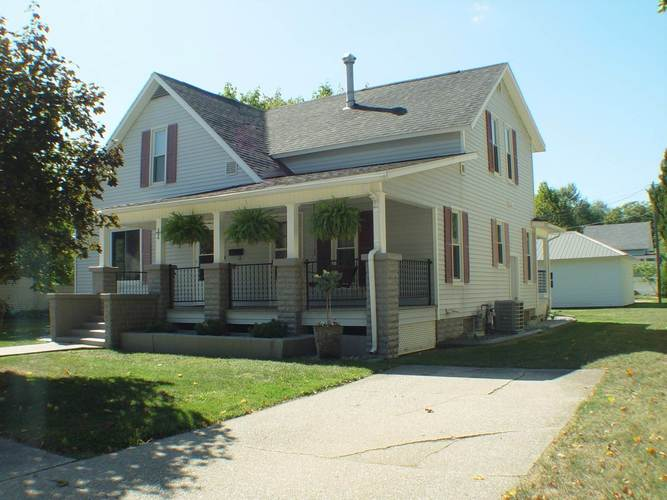 506 N Locke Street Nappanee, IN 46550 | MLS 201942583