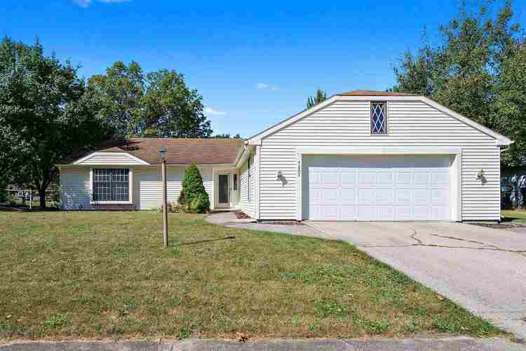 7205  Mowhawa Drive Fort Wayne, IN 46815-7960 | MLS 201942622