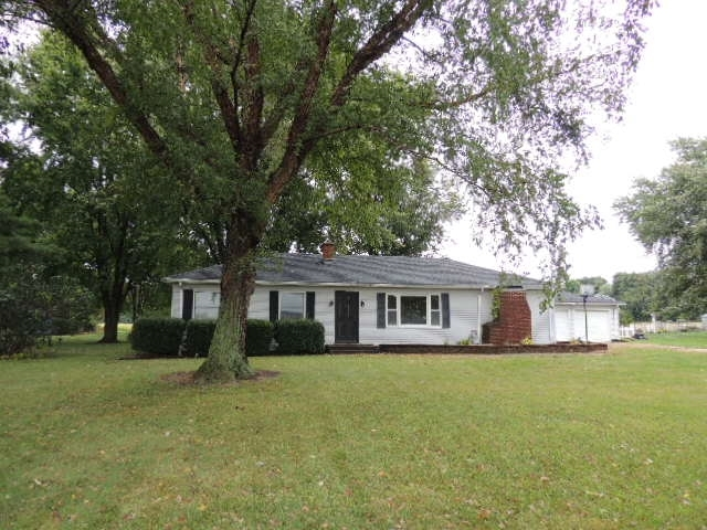 70588  County Road 21  New Paris, IN 46553 | MLS 201942749
