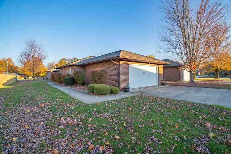 653 Candlewood Drive Marion IN 46952-1911   MLS 201942957   photo 1