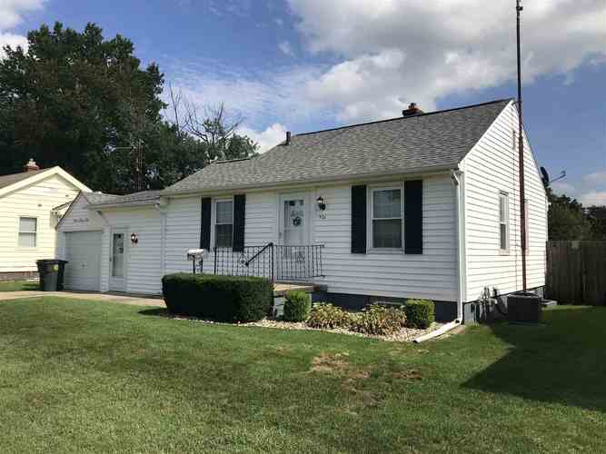 926 S Lombardy Drive S South Bend, IN 46619-4133   MLS 201943366   photo 1