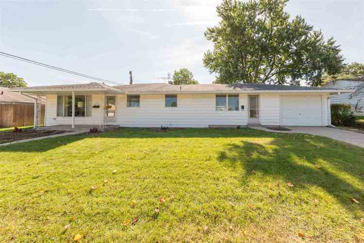 2318 Club Drive South Bend IN 46615 | MLS 201943374 | photo 1