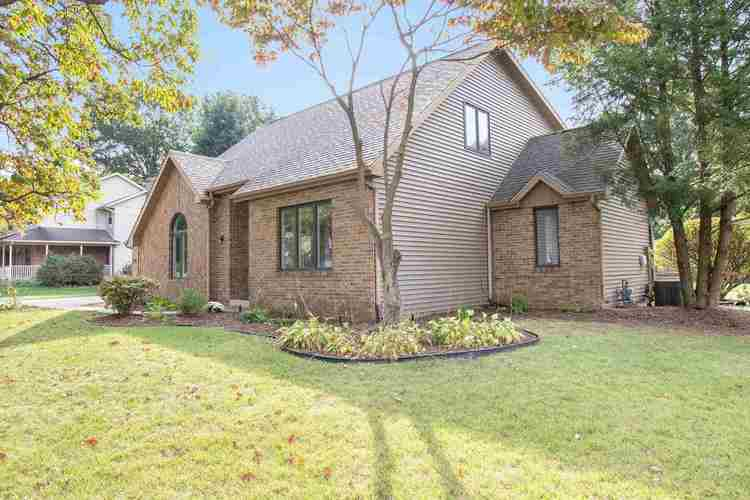 18420 Cypress Drive South Bend, IN 46637   MLS 201943738   photo 1