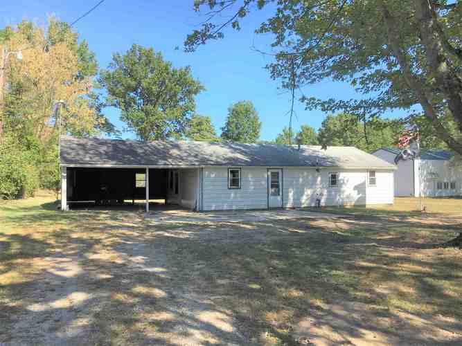 964 W Glenburn Road Linton, IN 47441 | MLS 201943854
