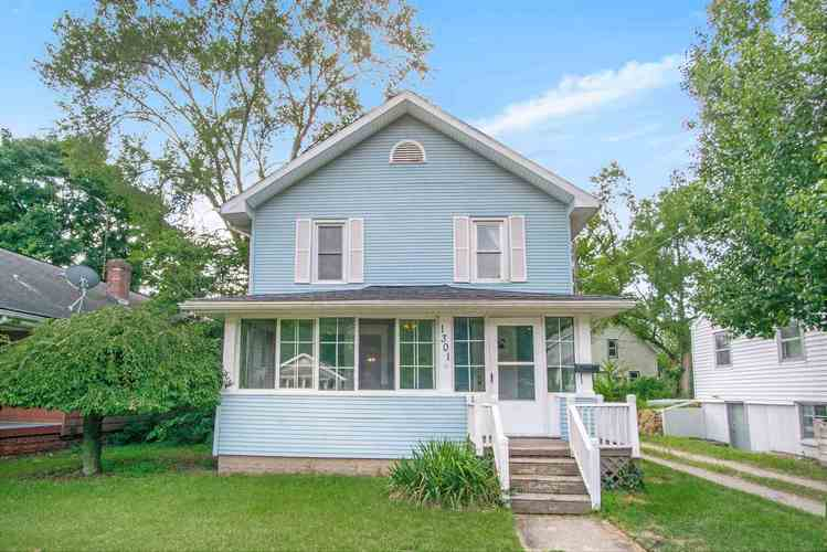 1301 S 30th Street South Bend IN 46615 | MLS 201943855 | photo 1