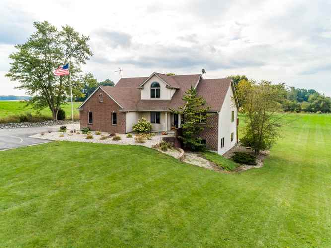 2344 E Old Trail Rd  Columbia City, IN 46725 | MLS 201943860