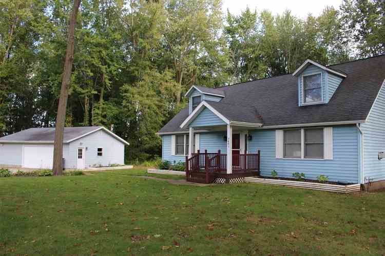 9481 E Doswell Boulevard Cromwell, IN 46732 | MLS 201943879