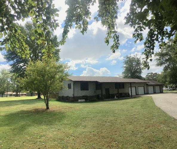 13617 W 230 N Road Linton, IN 47441 | MLS 201943914