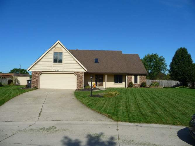 8211  Fawncrest Place Fort Wayne, IN 46835 | MLS 201944156