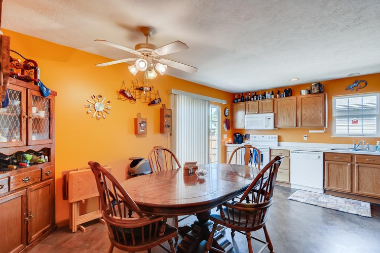 12834 Cold Water Drive Evansville, IN 47725 | MLS 201944259 | photo 10
