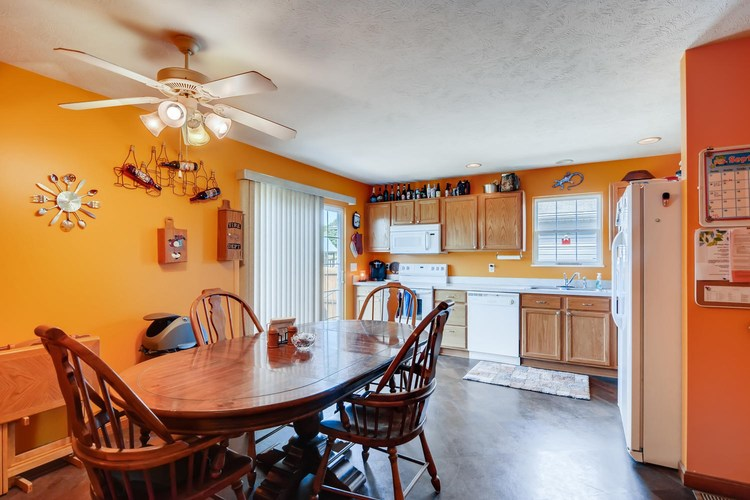 12834 Cold Water Drive Evansville, IN 47725 | MLS 201944259 | photo 11